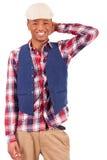 Presentación africana joven casual del hombre Fotos de archivo