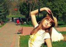 Presentación de la muchacha fotos de archivo libres de regalías