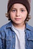 Presentación del muchacho de la manera Imagen de archivo libre de regalías