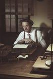 presentación del reportero de los años 50 Imagenes de archivo