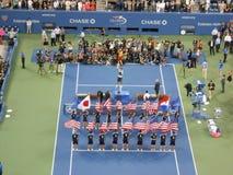 Presentación del trofeo en U S Abra el final 2014 imagenes de archivo