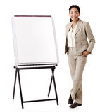 Presentación hispánica de la mujer de negocios fotos de archivo