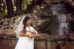 Presentación rechoncha de la novia Imagenes de archivo