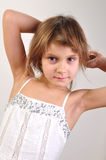Presentación rubia atractiva de la muchacha Imagen de archivo