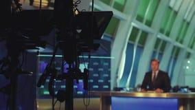 Presentador del Evening News metrajes