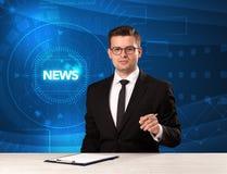 Presentador moderno del televison que dice las noticias con el backg del tehnology imágenes de archivo libres de regalías