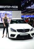 Presentador no identificado de las hembras en Mercedes Imagen de archivo libre de regalías