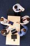 Presentatie, vijf mensen Stock Foto's