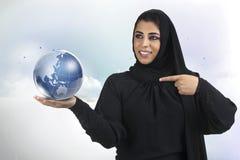 presentatio девушки дела исламское традиционное Стоковые Изображения RF