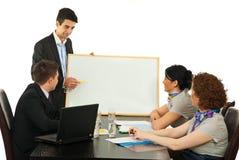 presentation för möte för man för affärshaving royaltyfri bild