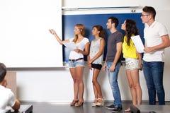 Presentation i klassrum royaltyfria bilder