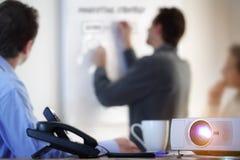 Presentation med lcd-projektorn Arkivbilder