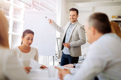 Presentation och samarbete av affärsfolk arkivfoton