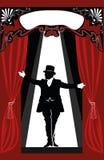 Presentatore del circo in mezzo alla fase Immagini Stock Libere da Diritti