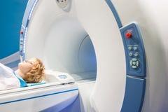 Presentazione del tomograph diagnostico immagine stock