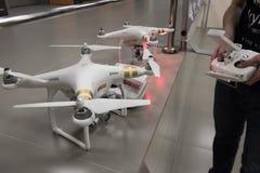 Presentazione di nuova società DJI delle apparecchiature aeronautiche immagini stock