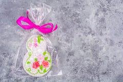 Presente bonito doce do pão-de-espécie ao dia internacional do ` s das mulheres Imagem de Stock