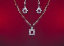 Presente bonito dos Valentim de um grupo da joia imagens de stock royalty free