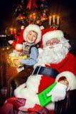 Presente de Santa Fotos de Stock
