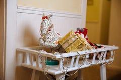Presente del nuovo anno e di Buon Natale 2017, giocattoli, decorazione Concepy delle feste Immagini Stock