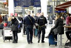 PRESENTE DELLA POLIZIA A COPENHAGHEN INT AIRPOT Fotografie Stock