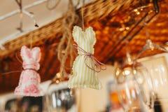 Presente di legno del regalo della decorazione di nozze Fotografie Stock