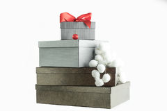 Presente di marrone e di Grey per il Natale Fotografia Stock