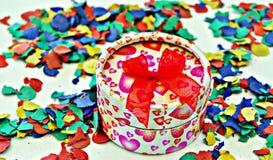 Presente do Confetti Imagem de Stock Royalty Free