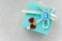 Presente do dia do Valentim Imagens de Stock Royalty Free