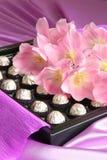 Presente do dia dos Valentim ou de matrizes - foto conservada em estoque Fotos de Stock