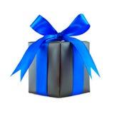 Presente envuelto regalo negro con el arqueamiento azul Foto de archivo libre de regalías