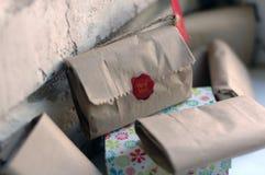 Presente Handmade Imagens de Stock
