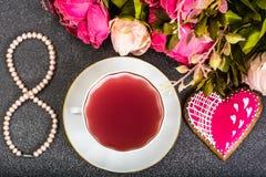 Presente internacional da PÉROLA do dia do ` s das mulheres o 8 de março Fotografia de Stock Royalty Free