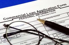 Presente la aplicación de préstamo comercial Fotos de archivo