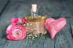 Presente perfumado para o dia de mães Fotos de Stock Royalty Free