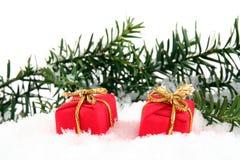 Presente (rectángulos) en nieve Fotos de archivo libres de regalías