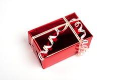 Presente vermelho da caixa. Lado da vista Fotografia de Stock