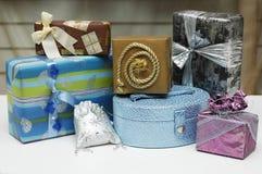 Presentes, caixas. Imagens de Stock