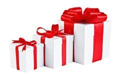 Presentes com curvas vermelhas Imagem de Stock Royalty Free