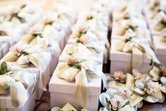 Presentes de casamento para o convidado Foto de Stock