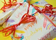 Presentes de cumpleaños imagen de archivo
