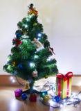 Presentes de la caja de regalo Foto de archivo
