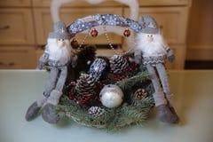 Presentes de la Feliz Navidad y del Año Nuevo 2017, juguetes, decoración Concepy de días de fiesta Fotografía de archivo