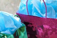 Presentes de Natal coloridos Fotos de Stock