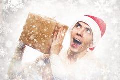 Presentes del día de fiesta de la Navidad Regalo del Año Nuevo del control del hombre Individuo con estilo Fotografía de archivo libre de regalías