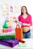 Presentes do chuveiro de bebê imagem de stock royalty free