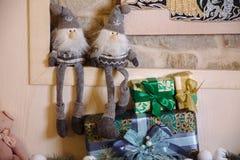 Presentes do Feliz Natal e do ano novo 2017, brinquedos, decoração Concepy dos feriados Fotos de Stock Royalty Free