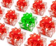 Presentes do Natal com o um special isolado fotografia de stock
