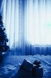 Presentes e árvore do Natal Foto de Stock Royalty Free