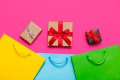 Presentes e sacos Imagem de Stock